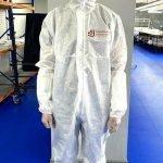 Подмосковная «Промкомплектация» начала выпуск защитных комбинезонов для медиков