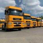 «КАМАЗ-ЛИЗИНГ» передал российским компаниям партии новых тягачей «КАМАЗ»